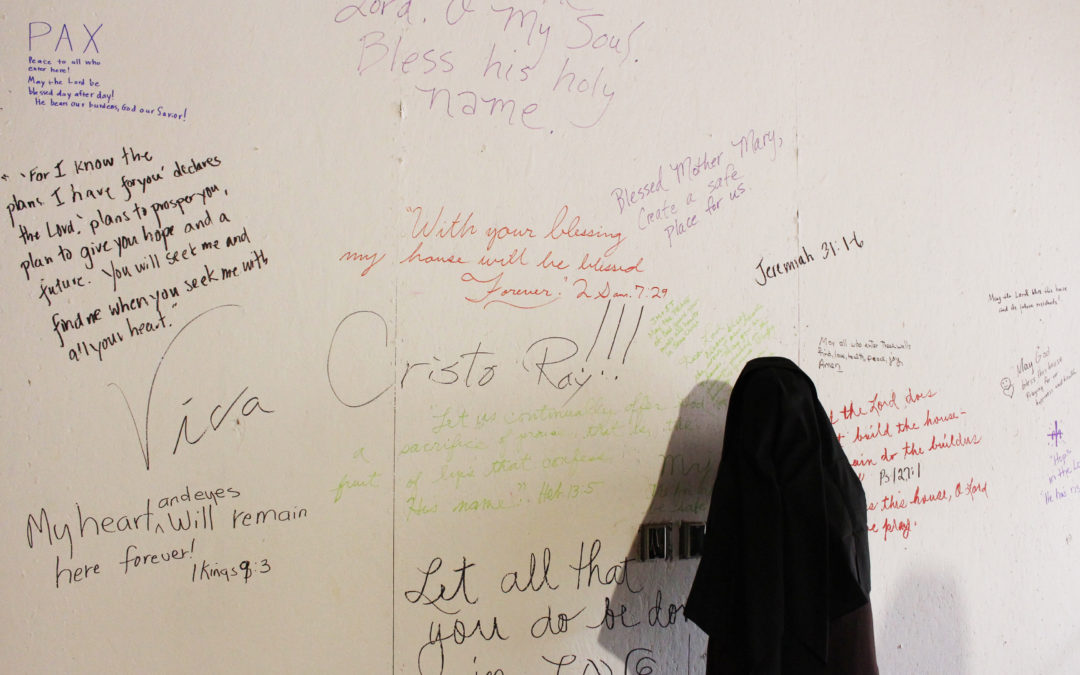 Cristo Rey Cottage Wall Signing